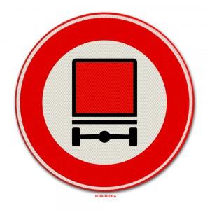 Verkeersbord gevaarlijke stoffen
