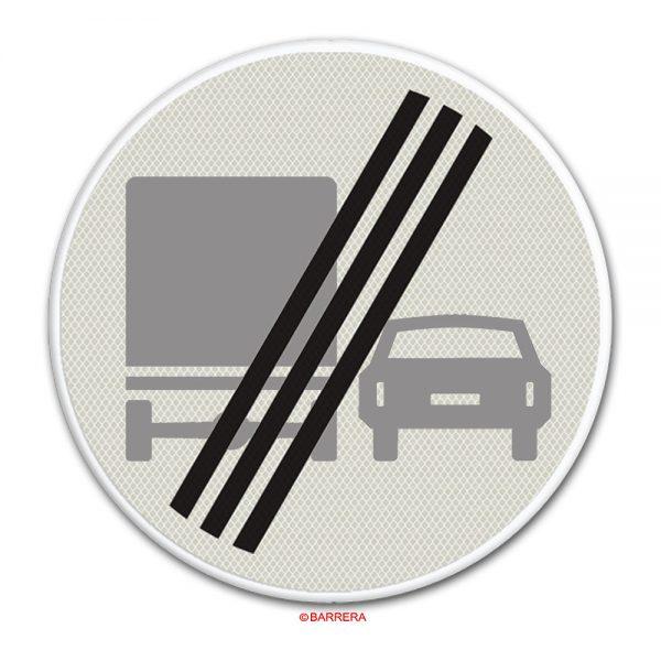 einde inhaalverbod voor vrachtauto's